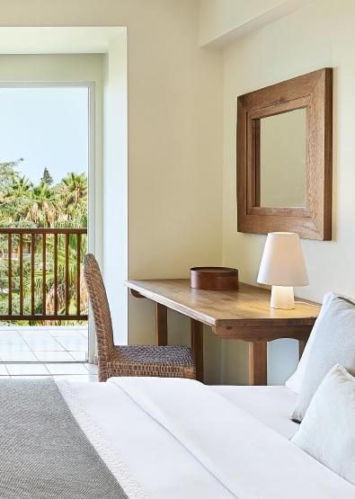 family-interconnecting-rooms-in-filoxenia-kalamata-luxury-family-resort