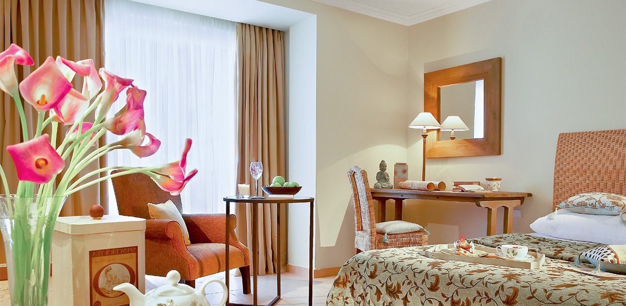 filoxenia-kalamata-hotel-superior-guestroom
