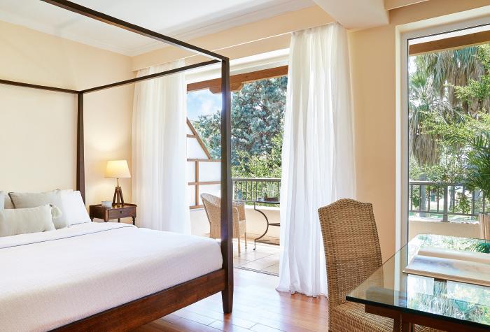 02-filoxenia-kalamata-luxury-family-accommodation
