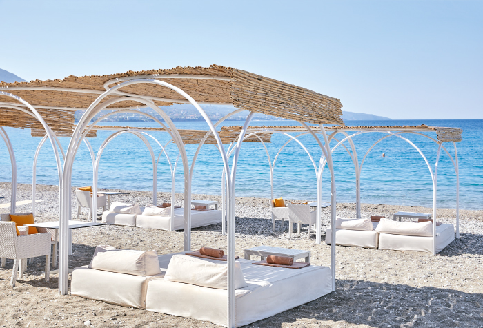 04-beach-and-pools-filoxenia-hotel-in-kalamata-greece