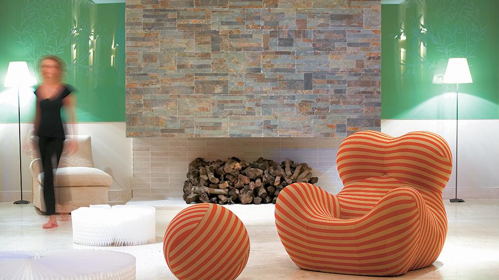 filoxenia hotel lounges kalamata peloponnese