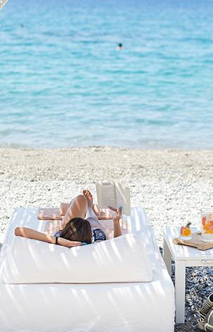 04-filoxenia-kalamata-luxury-vacations-hotel-peloponnese
