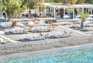 06-beach-hotel-grecotel-filoxenia-kalamata-in-peloponnese