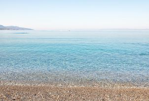 16-filoxenia-hotel-with-crystal-water-beach-kalamata