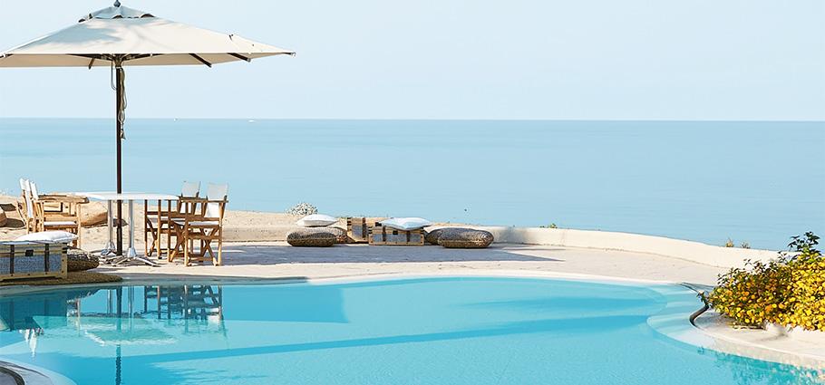 03-filoxenia-kalamata-luxury-beach-hotel-peloponnese-greece