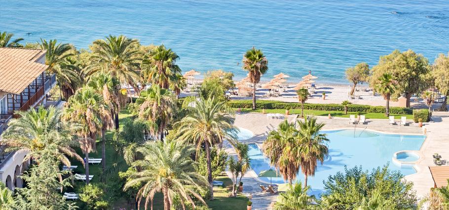 03-filoxenia-kalamata-beach-hotel